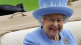 Queen Elizabeth II hopes royal baby comes before she goes on vacation 45377