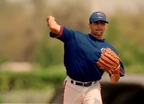 Former Toronto Blue Jays pitcher Frank Castillo drowns in Arizona lake 45578