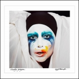 Lady Gaga releases 'Applause' early after online leak prompts fans to start anti-piracy campaign 45916