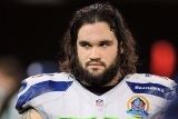 Seahawks trade OG John Moffitt to Browns for DE Brian Sanford 46142