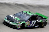 Denny Hamlin beats Kurt Busch for pole at Bristol 46251