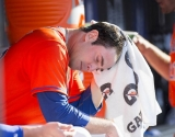 Mets pitcher Matt Harvey has a torn ligament in his right elbow 46328