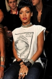 Rihanna and Drake Leave VMA After-Party Minutes Apart And Have Dinner: Are They Dating Again? 46338