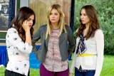 Pretty Little Liars' summer finale react: The Liars finally get some 'A'nswers 46358