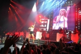 Taylor Swift brings Luke Bryan to stage for night one of Bridgestone concert trio 46518
