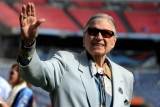 Bud Adams, Founding Owner of N.F.L.'s Titans, Dies at 90 47454
