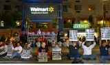 Five Wal-Mart workers arrested while protesting 47930