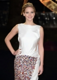 Jennifer Lawrence leaves 'Hunger Games: Catching Fire' red carpet to comfort crying girl in wheelchair 48029