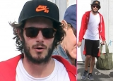 Newly-Engaged Adam Brody Boxes in L.A. 48244