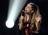 AMAs 2013: Ariana Grande kills 'Tattooed Heart' 48274