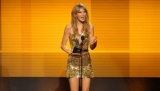 Taylor Swift wins AMA artist of the year 48288