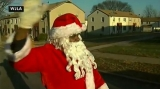 Santa Claus shot with pellet gun while handing out toys in Washington D.C 49089