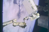 Space Station Gets New Pump for Christmas 49097